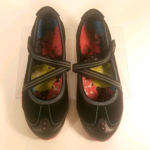 Tony Little Cheeks Fit Body Mary Janes size 9.5